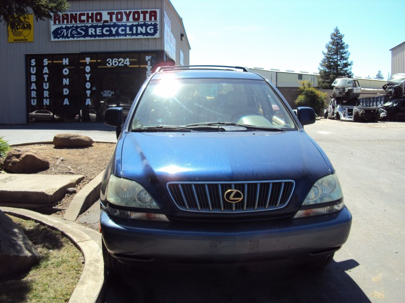 ... 2002 LEXUS RX300 COACH MODEL 3.0L V6 AT AWD COLOR BLUE Z14673