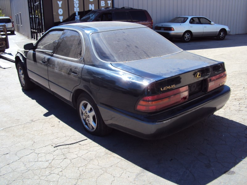 1994 Lexus Es300 Model 4 Door Sedan 3 0l V6 At 2wd Color Green Z13521